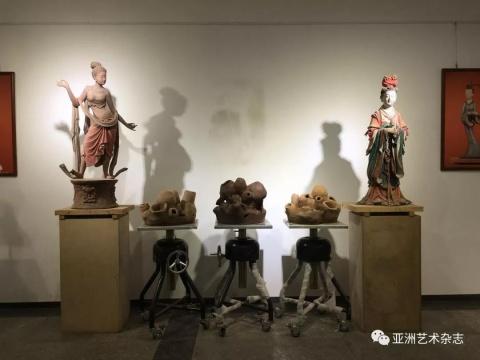 多米尼卡·曼加诺&马里克·范·罗伊组合作品创作第一阶段