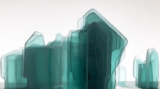 王度 《赤壁图》(局部)尺寸可变 玻璃、人造大理石、金属 2018