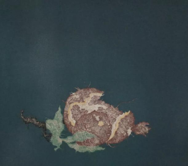 谭军 《物候记》 48×48cm 帆布拼贴 2017 亦安画廊