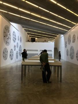 蒙塔达斯: 亚洲礼仪个展现场