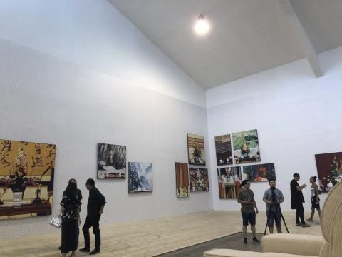 """""""静物与风景""""展览现场"""