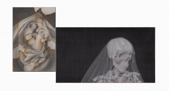 叶紫《她的叙事诗系列三》左 33x58cm 左 70x60 cm 绢本设色 2018