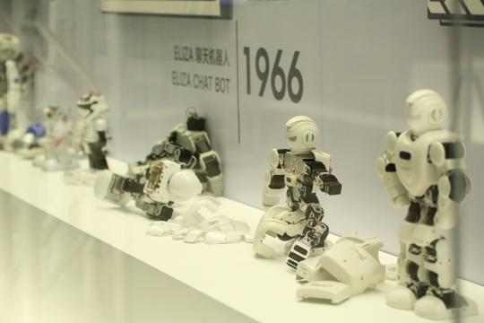 """""""人形机器人简史""""展厅"""