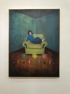 沙发上的女孩 50x60cm木板丙烯 2018