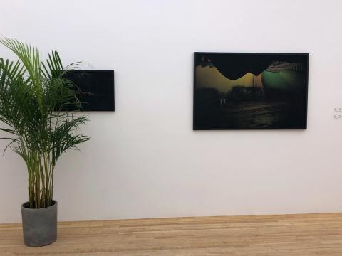 杨沛铿,《公园看更》,收藏级喷墨打印, 42.3×62cm,2015