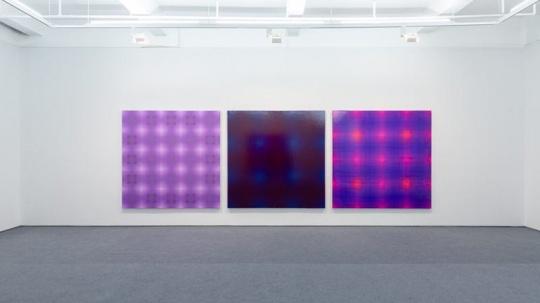 三件作品图注均为:《单元》 200×200cm 布面丙烯 2018