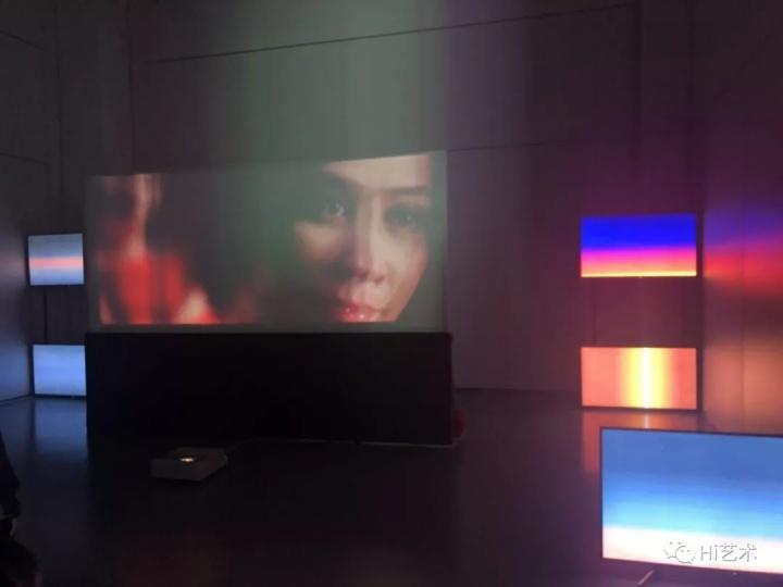 艺术家程然与刘嘉玲合作的短片《信》