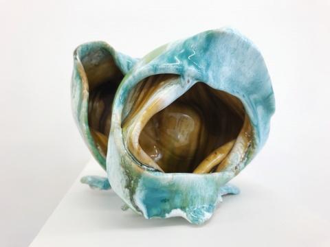 海蒂·比约根《Object 4239》20 x 14cm 陶瓷 2018