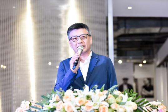 """""""一寸光阴一寸金""""艺术顾问、易居中国联合创始人朱旭东"""