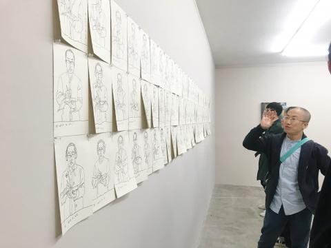 """艺术家王一凡和他的""""自画像""""们"""