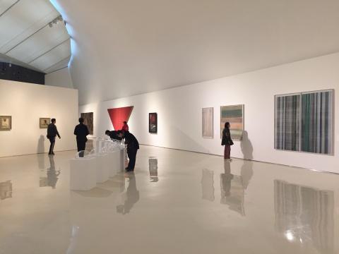 """""""意义的回归——中央美术学院油画系教师进行时""""展览现场"""