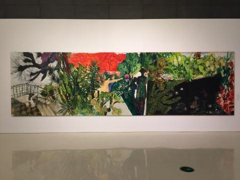 康蕾 《小径分岔的花园》 200×700cm 综合材料 2017