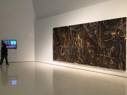刘商英 《胡杨与沙109号》 240×480cm 布面油画 2017