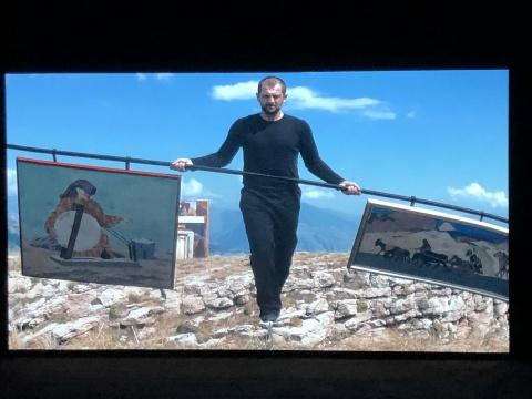 陶斯·马哈切娃《走钢丝》2015视频截图