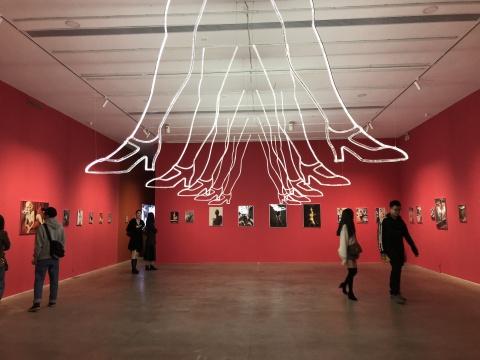 """798 AC Gallery""""解码世纪审美""""展览现场"""