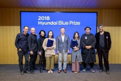 """""""第二届Hyundai Blue Prize 中国青年策展人大奖"""",获奖策展人与国际评委"""