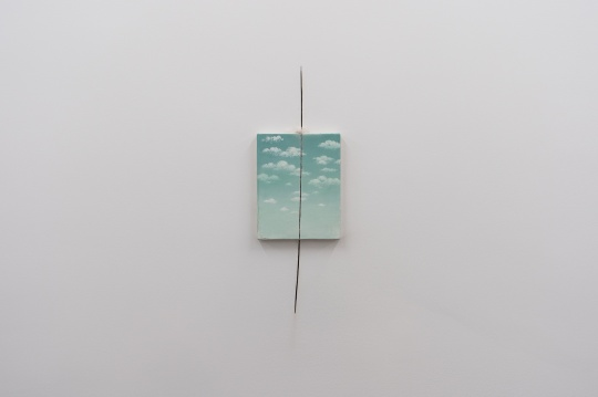 """弗朗西斯·埃利斯""""消耗"""",上海外滩美术馆1F展览现场"""