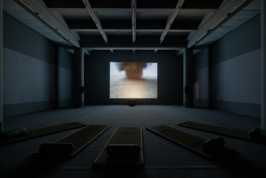 弗朗西斯·埃利斯《龙卷风》,2000-2010年