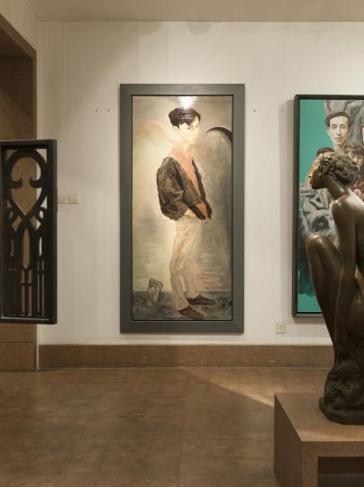 毛焰 《X的肖像》 200×100cm 布面油画 1996  此作需要在香港交割,但由于17%的增值税,原作一直存放于香港(图中为复制品)(摄影:董林)