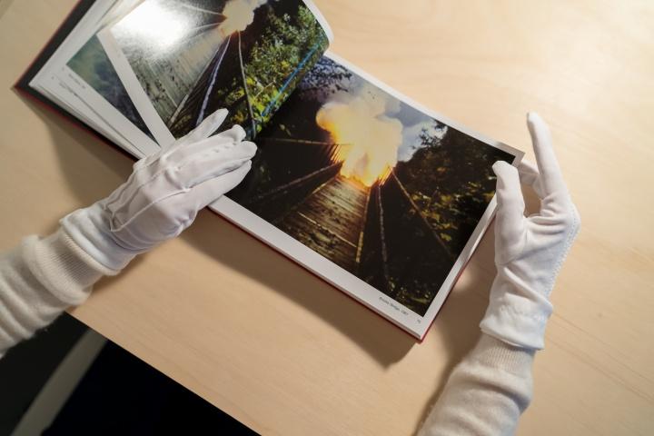 """麓湖·A4美术馆将于11月3日开幕的展览""""罗曼·西格纳:影像 一九七五至一九八九和现在"""""""