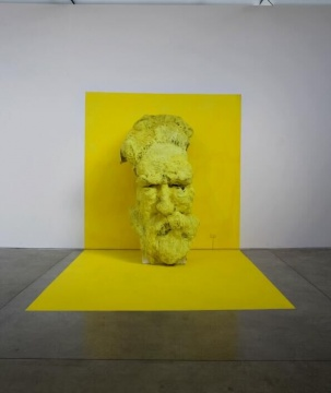贾尼·德西《你x你》251 × 133 × 115 cm 综合材料 2010