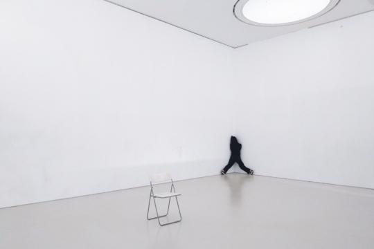 金小罗 《三只脚走路》,2013