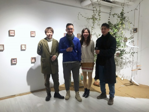 余春、庞辛森、李晶、钱文达四位艺术家在展览现场