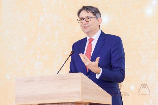 法国驻沪总领馆总领事 柯瑞宇讲话