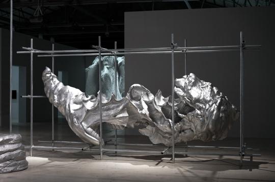 《云中花园——手迹#10》H210×500×180cm 光敏树脂3D打印 2015-2017