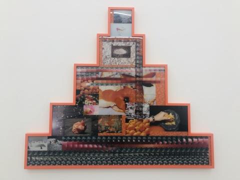 《A Shaking We No.3》175.7×201 cm,2018,C-print,三明治装裱,橡树木,彩色木漆