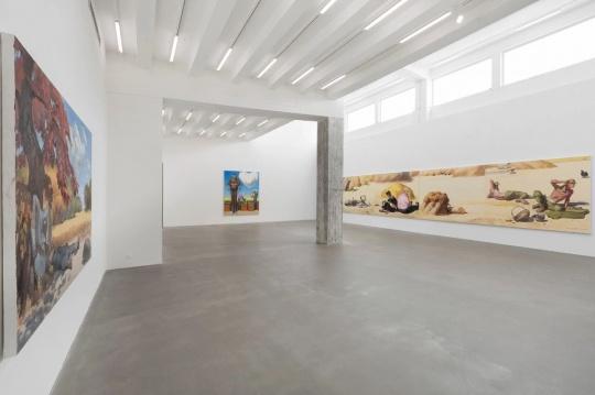 麦勒画廊,王兴伟是他所处的那个时代最广为人知的画家之一,他的展览将彰显夯实的技艺与幽默的表达形式