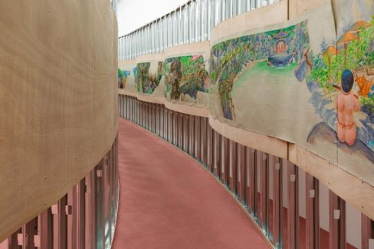 """梁硕在北京公社,搭建了一个未画完的""""景区"""""""