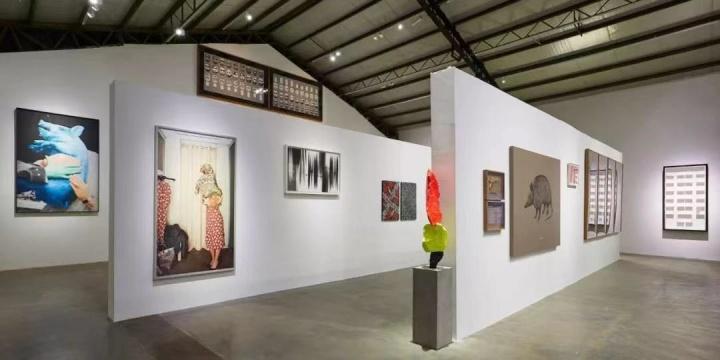 """2018年3月,乔空间举办的""""艺术赞助人""""展览现场"""