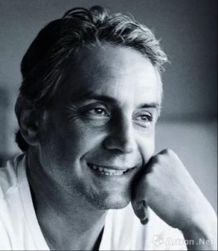 埃尔维·尚戴斯 Hervé Chandès 卡地亚当代艺术基金会馆长