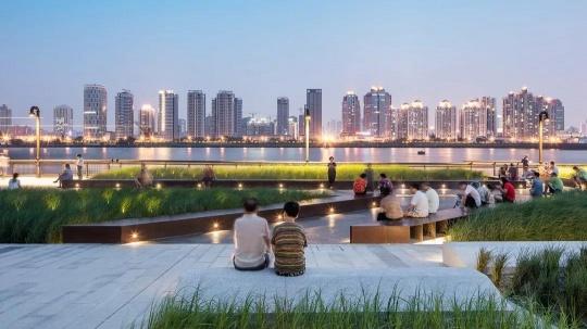 杨浦滨江夜景©战长恒