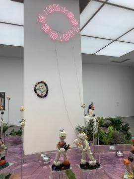 """年轻女性艺术家的""""好生意画廊""""开且开张了"""