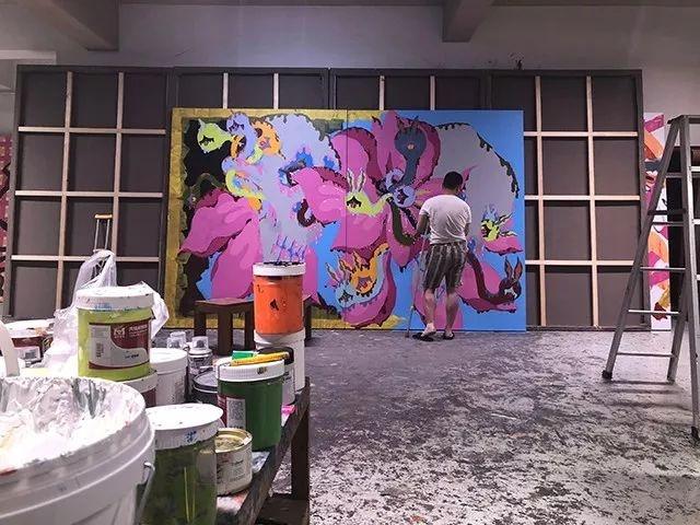丁勇在中国宋庄的画室