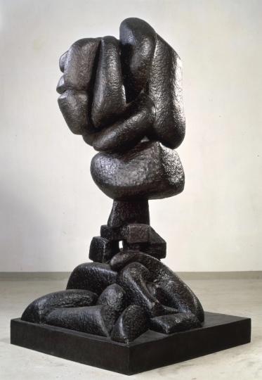奥托·弗雷德里希《上升》200×104×104cm 青铜 1929,2009年铸型