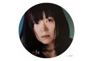 本尾久子  日本著名独立策展人、出版人