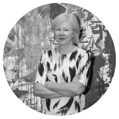 凯伦·史密斯(Karen Smith)  英国策展人及艺术评论家、OCAT西安馆馆长
