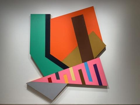弗兰克·斯特拉 《科赞格洛迪克》 251.6×266.7×12.7cm 综合媒材拼贴 1973  摄影:吕晓晨