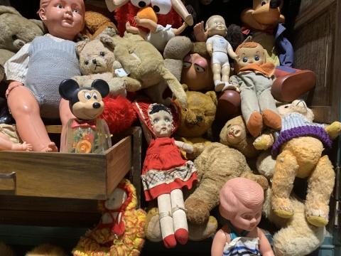 展览现场的玩偶