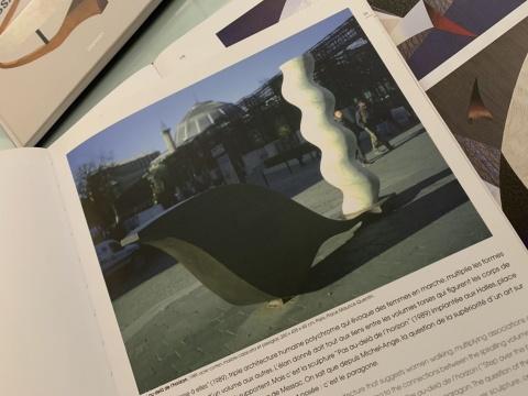 伊万·梅萨克在大连的雕塑