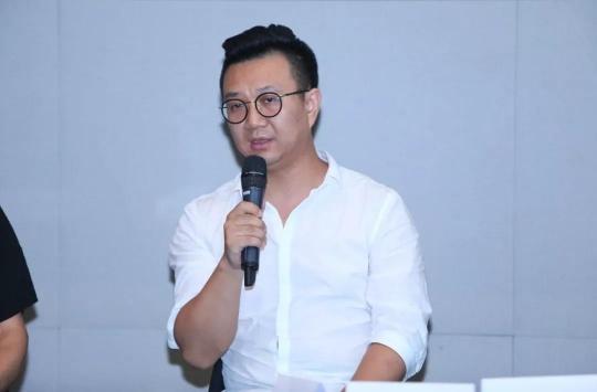 不同艺见艺术中心执行馆长、策展人李裕君