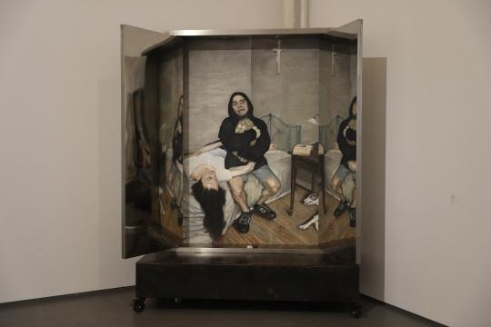 石良 《心门二》 200×150cm 布面油画 装置 2013