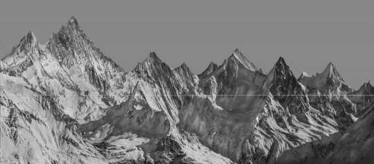 《群峰》,110x250cm,摄影及综合艺术手段