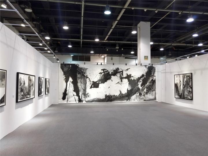 香港艺倡画廊带来艺术家蓝正辉的个展