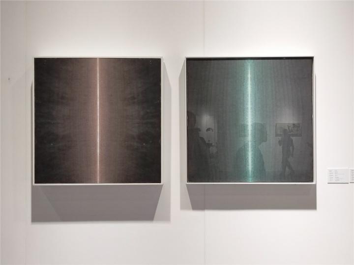 人可艺术中心展位现场,及艺术家田卫的作品