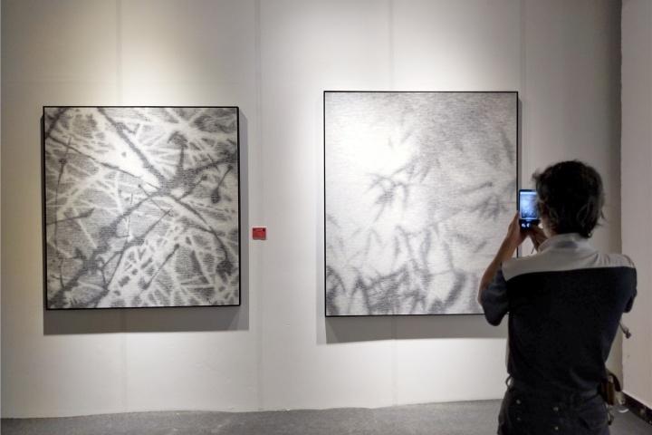 """""""水墨即意义""""展览现场,张诠《无题2》《竹子-14》纸本水墨 2019"""
