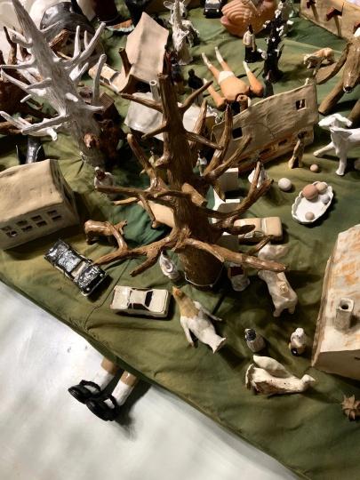 时永骏自己在工作室烧出的陶瓷小雕塑